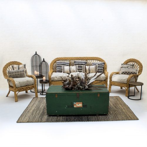 Outdoor furniture to hire